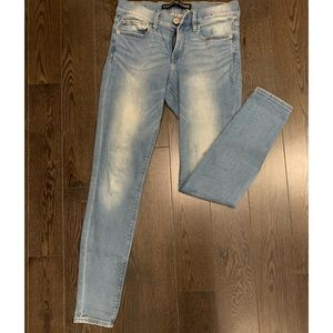 Light Wash Express Jeans